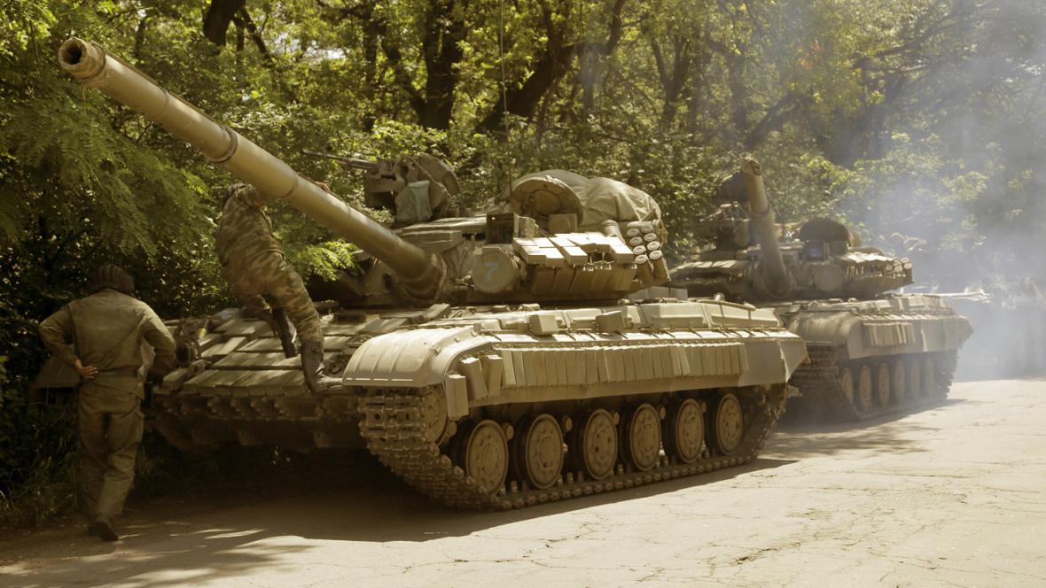 Tanky proruských separatistů v Doněcku