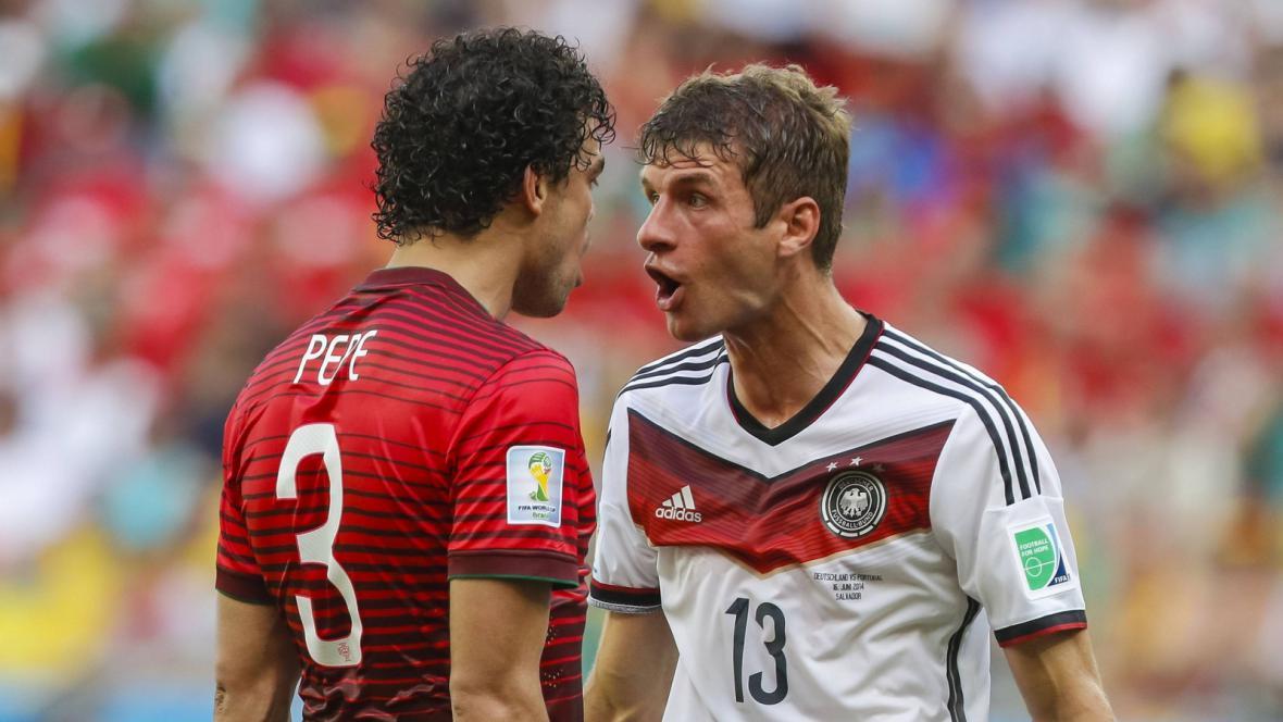 Pepe a Thomas Müller