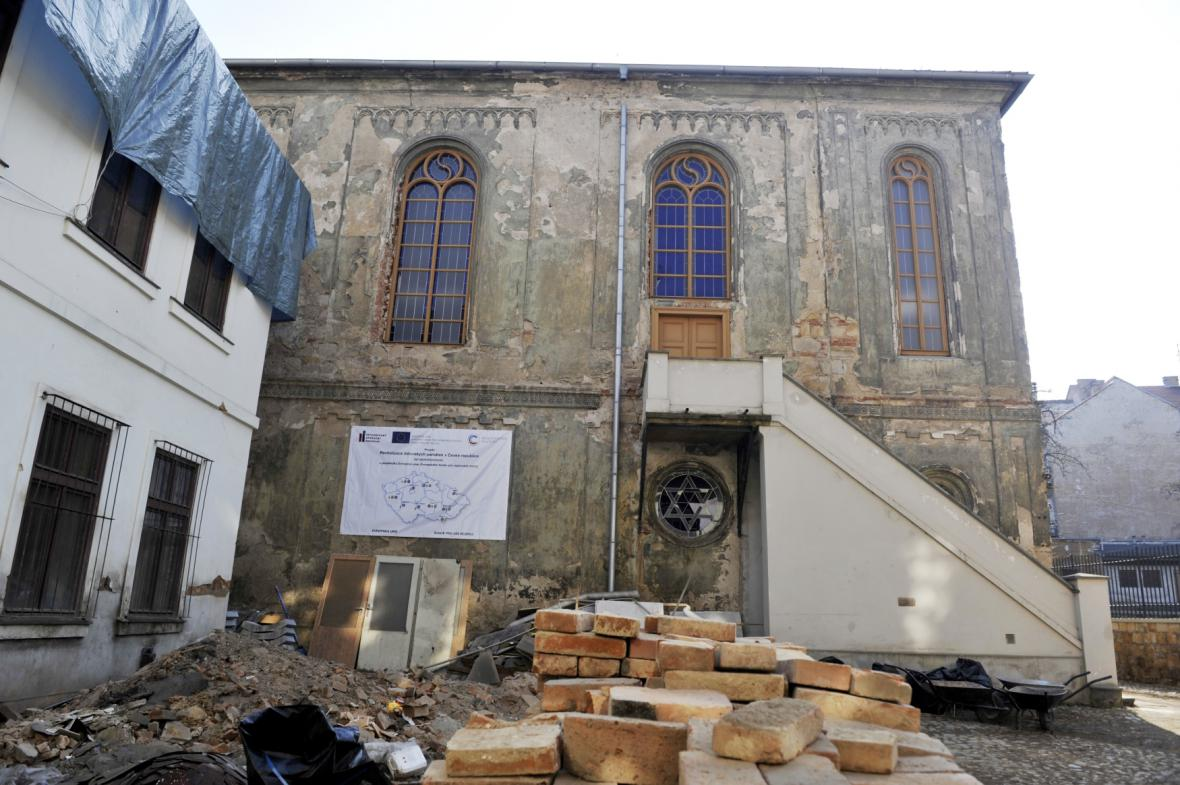 Rekonstrukce Staré synagogy v Plzni