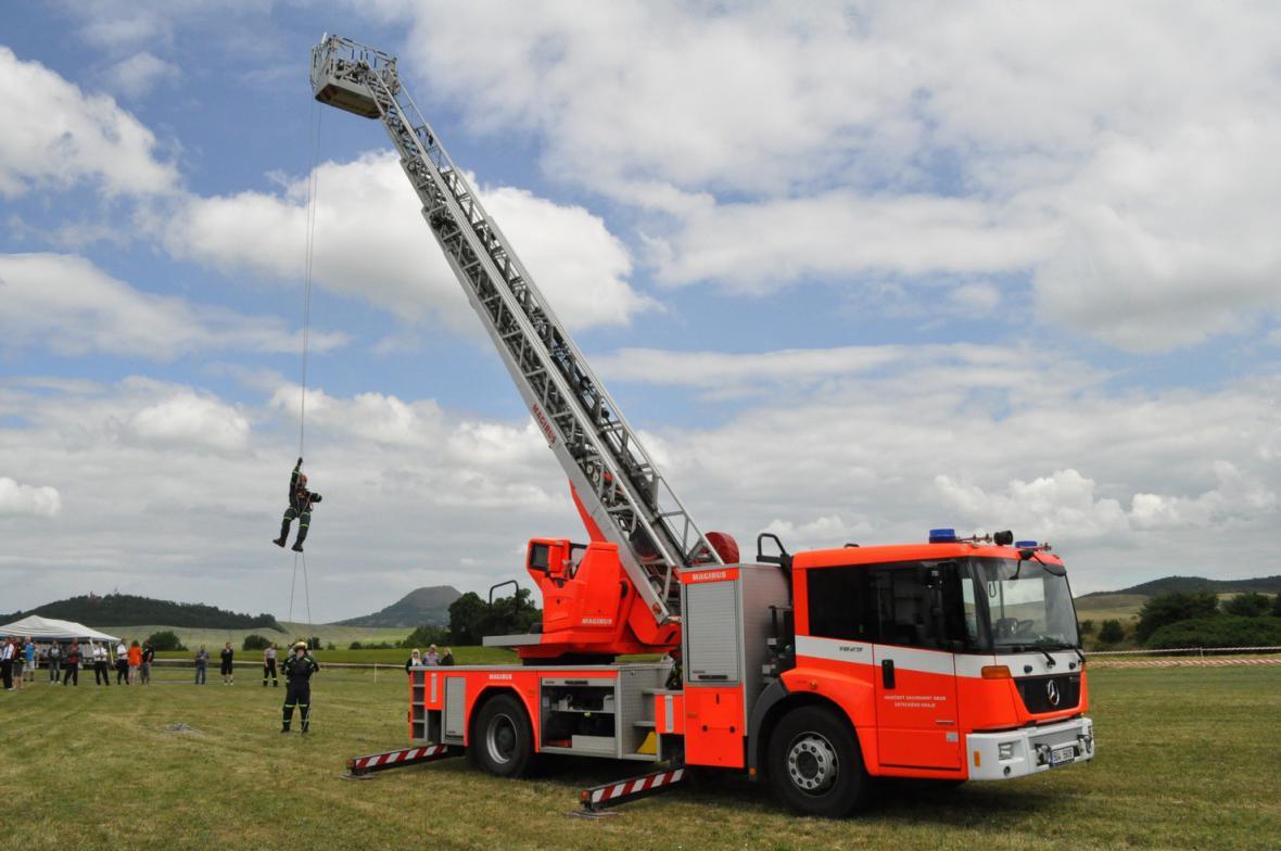 Z oslavy 120 let hasičů v Dobroměřicích