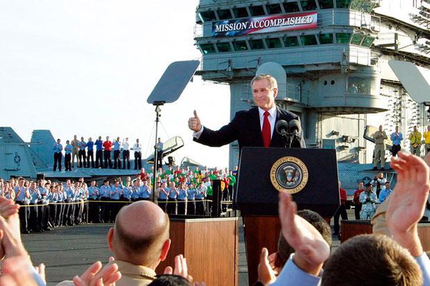 Prezident Bush dává