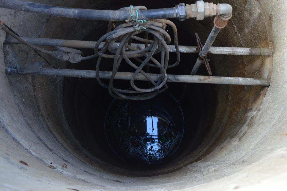 Desetimetrová studna