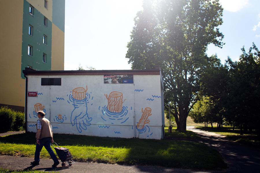 Graffiti na trafostanici Jižního Města