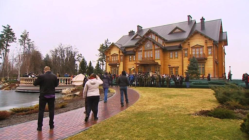 """Honka"" - honosný srub v rezidenci ukrajinského prezidenta"