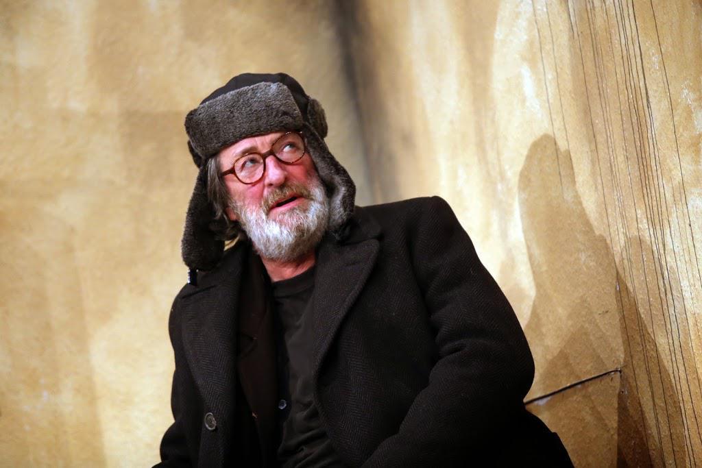 Bolek Polívka hraje stárnoucího otce