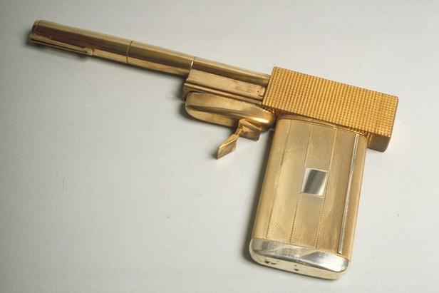 Zbraň Franciska Scaramangy