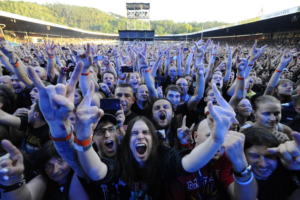 Iron Maiden zahráli na brněnském stadionu Velodrom