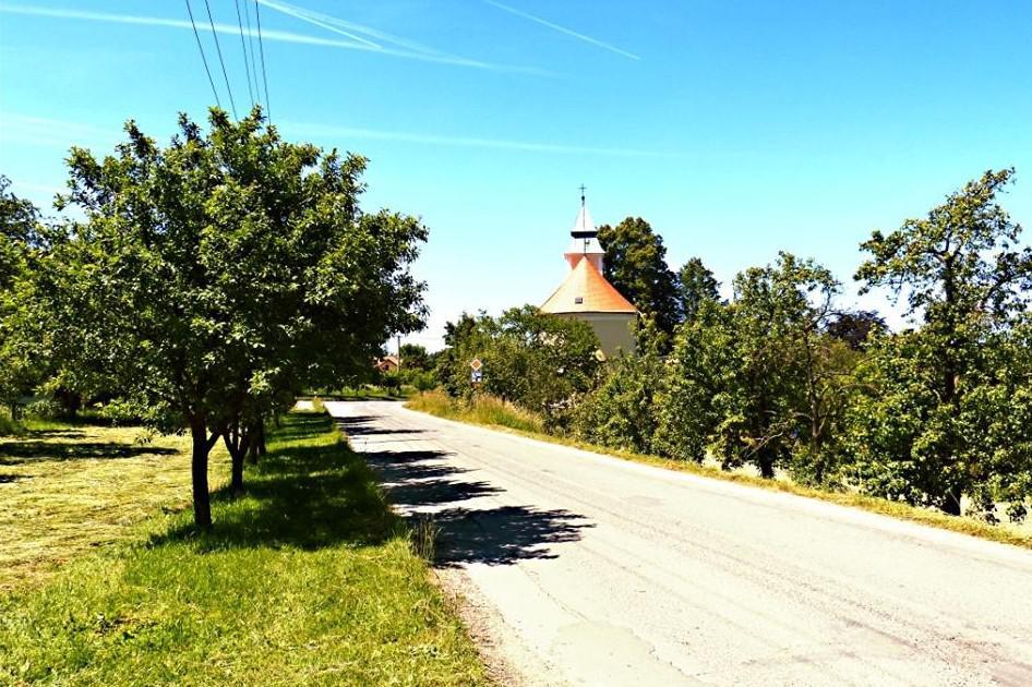 Bukovinka na Blanensku - obloha bez mráčku