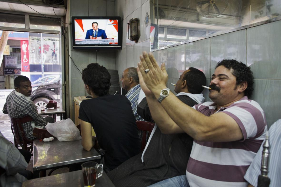 Egypťané se radují, že Sísí skládá slib