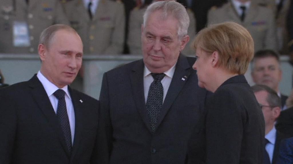 Putin se Zemanem a Merkelovou