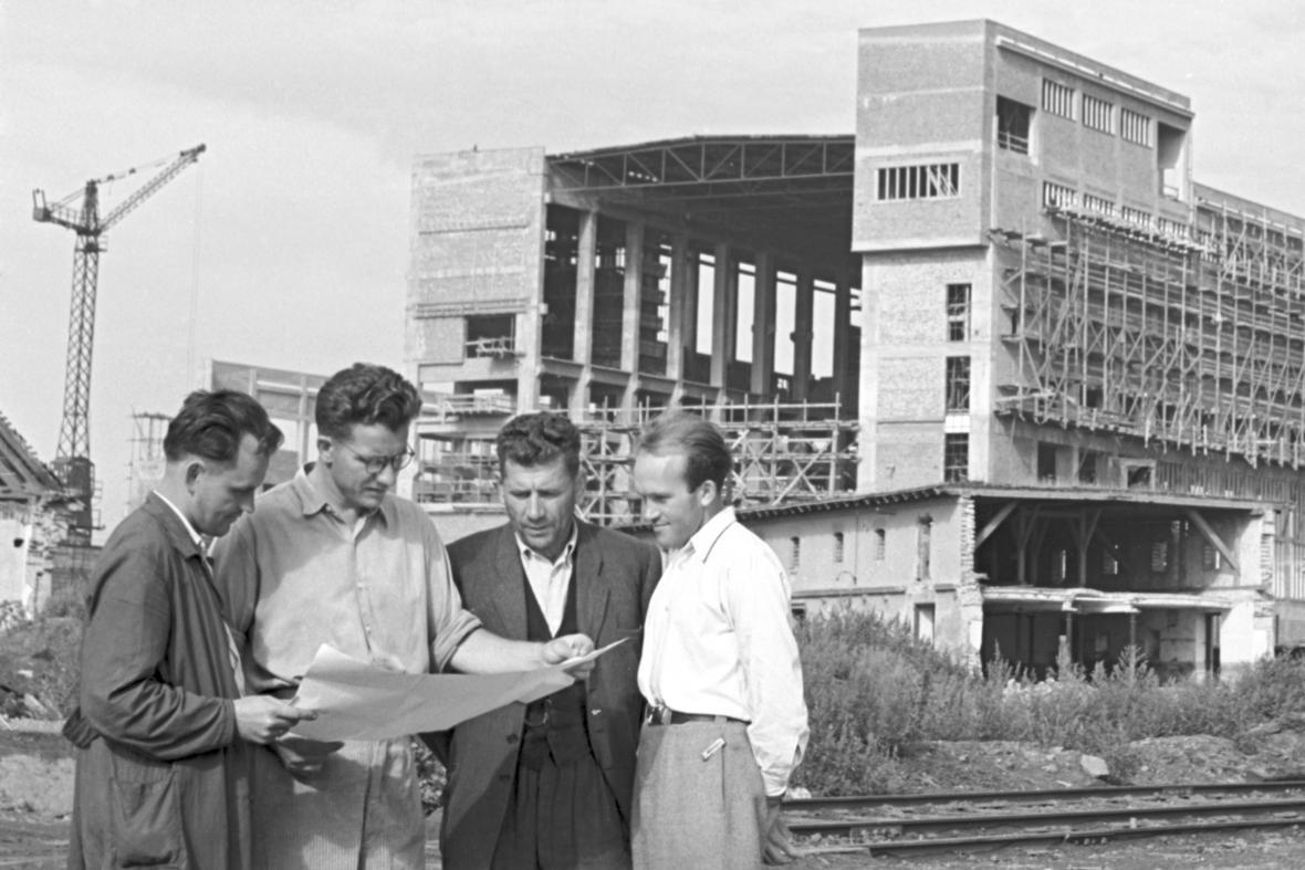 Výstavba elektrárny v Hodoníně