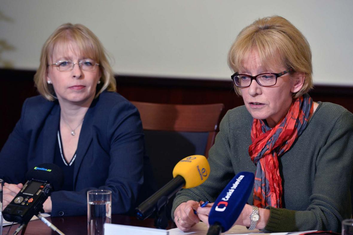 Hana Marvanová a Helena Válková