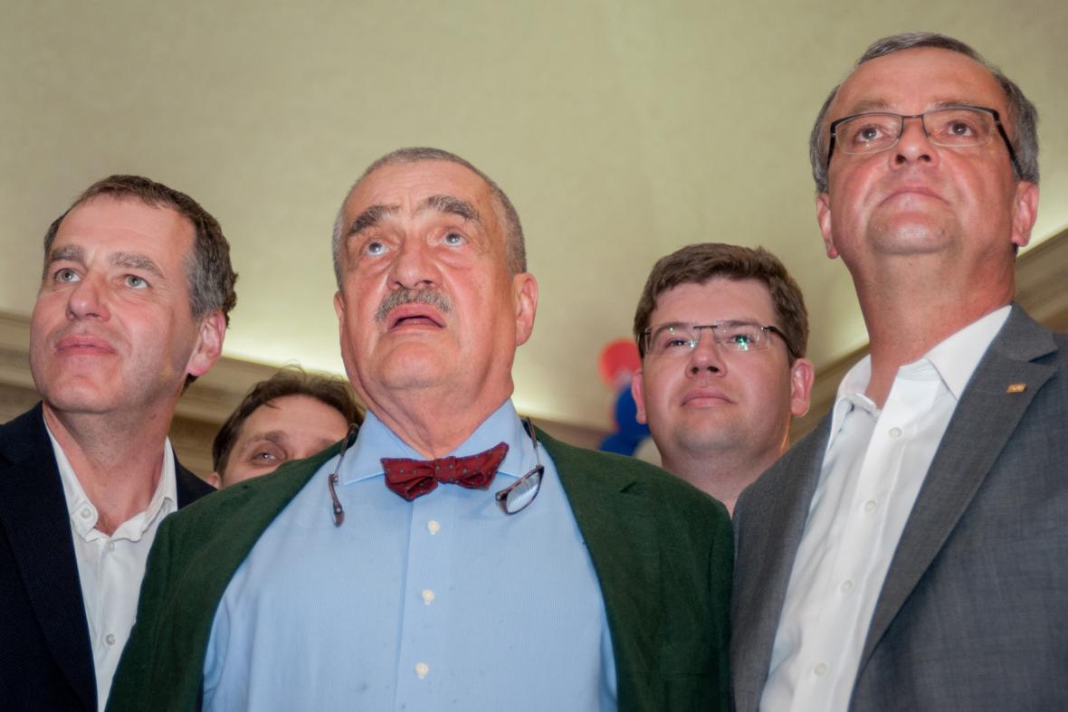 Luděk Niedermayer, Karel Schwarzenberg, Jiří Pospíšil a Miroslav Kalousek