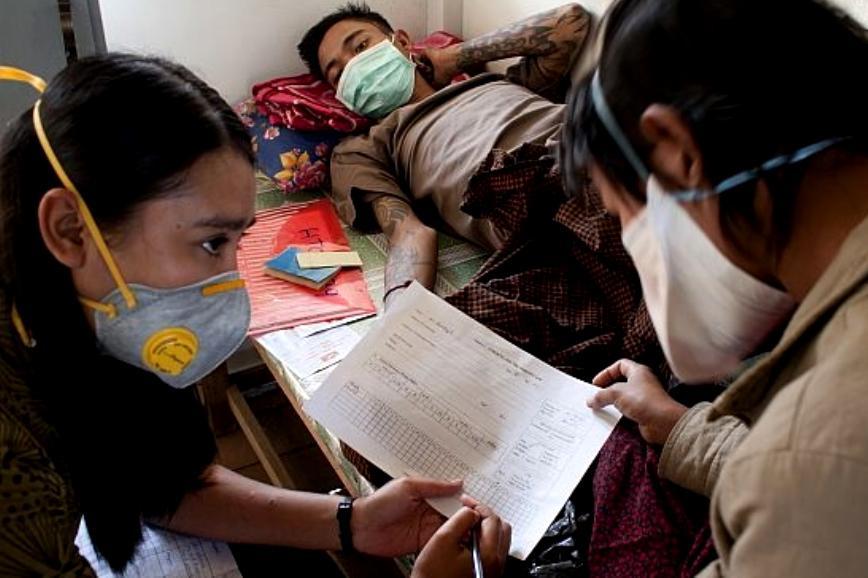 Lékaři bez hranic v Barmě