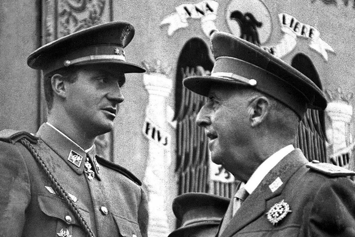 Juan Carlos a Francisco Franco