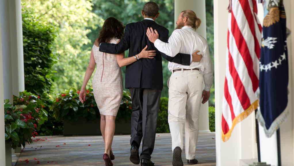 Barack Obama s rodiči Bergdahla na dvoře Bílého domu