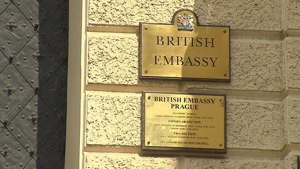Britská ambasáda v Praze se poprvé otevírá veřejnosti