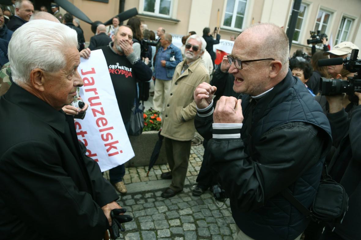 Ve Varšavě se střetli Jaruzelského příznivci a odpůrci