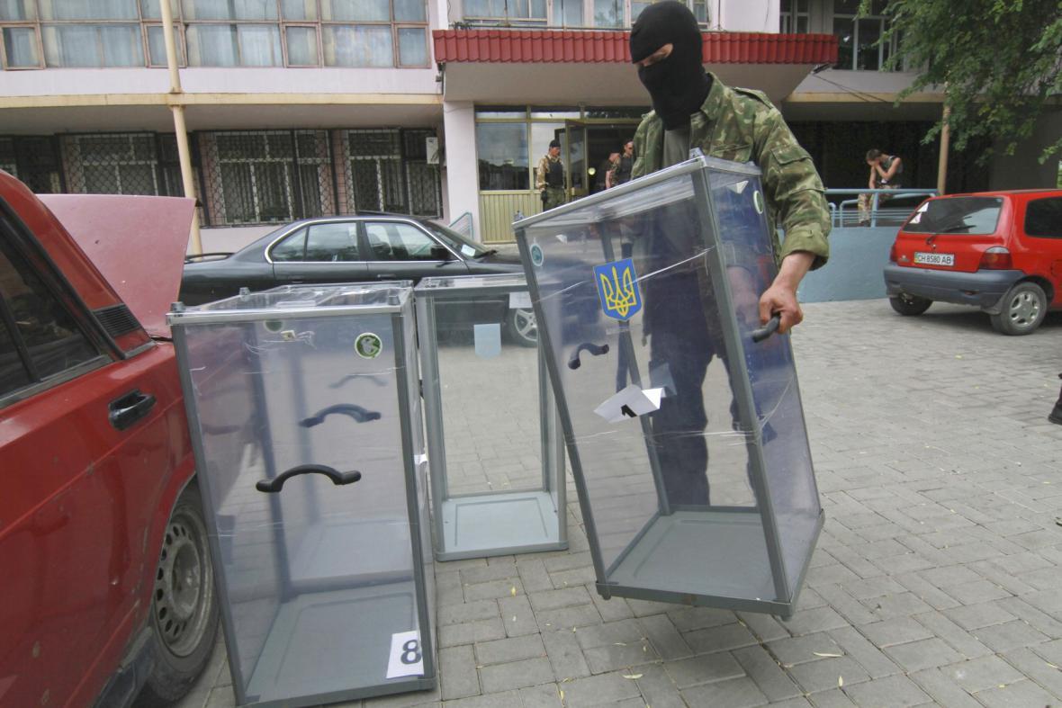 Separatisté bojkotují volby