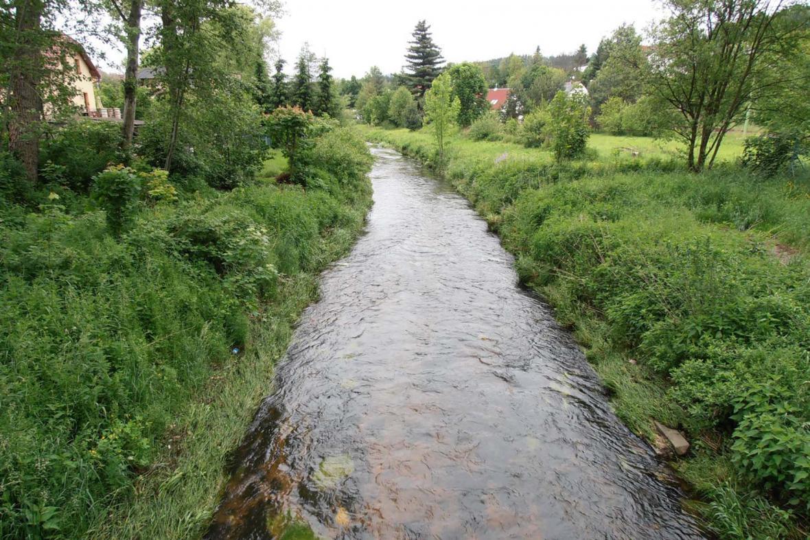 Rozvodněná řeka - Lužická Nisa