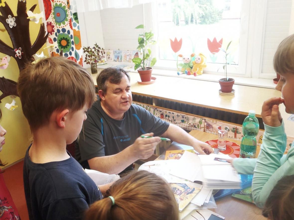 Malé čtení školní družiny ZŠ Boskovice, pracoviště Slovákova