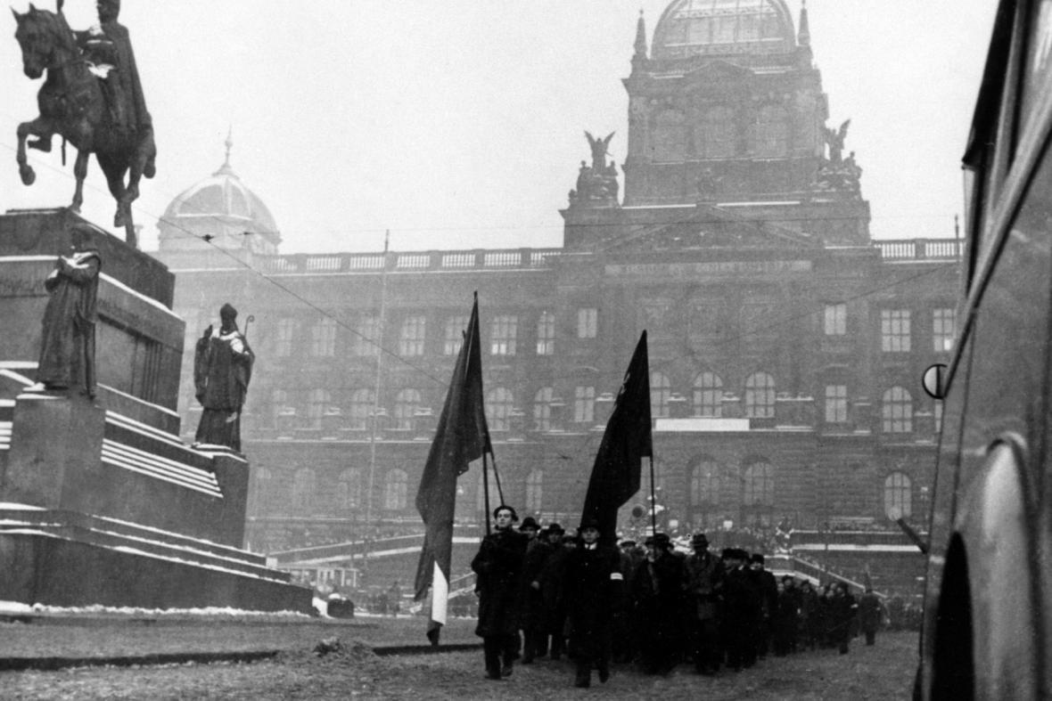 Únor 1948: Komunisté na Václavském náměstí
