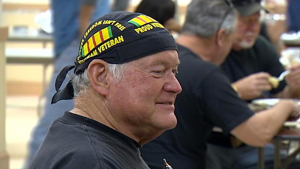 Váleční veteráni slaví Den obětí války