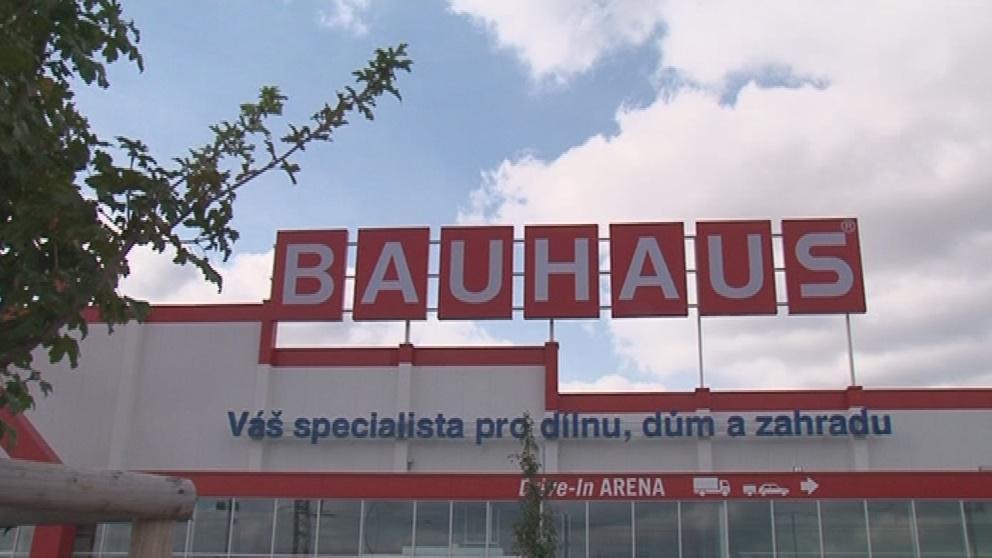 Bauhaus zvažuje vymáhání náhrady škody
