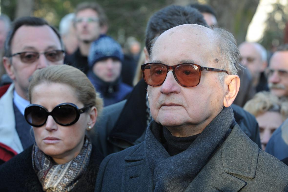 Wojciech Jaruzelski (vpravo) s dcerou Monikou (vlevo)