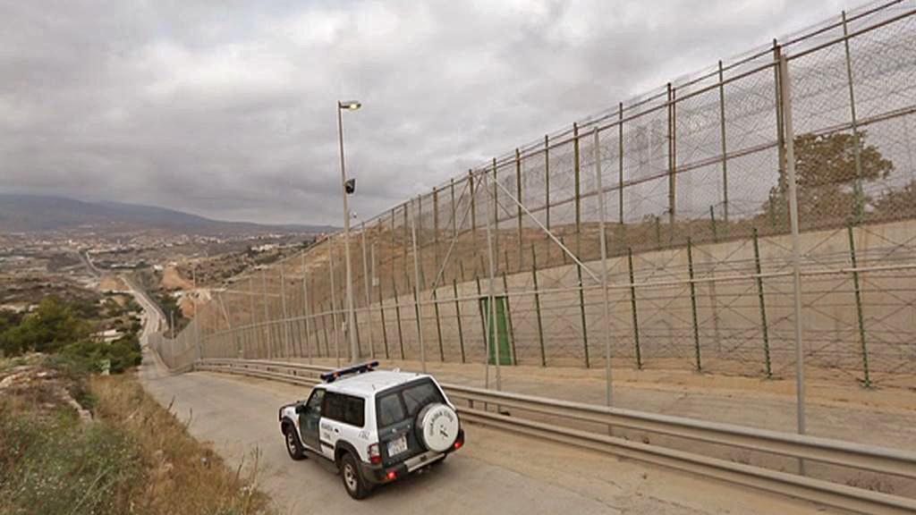 Bariéra proti uprchlíkům v Melille
