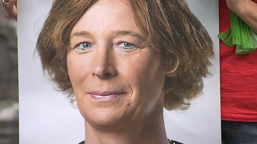 Transsexuální kandidátka Petra De Sutterová