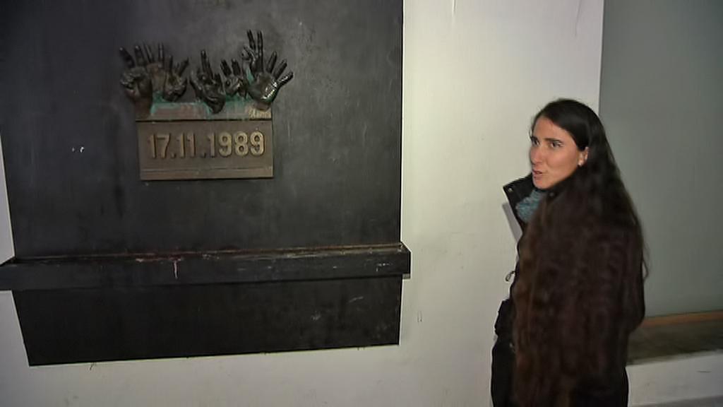 Yoani Sánchezová na místě, kde začala sametová revoluce