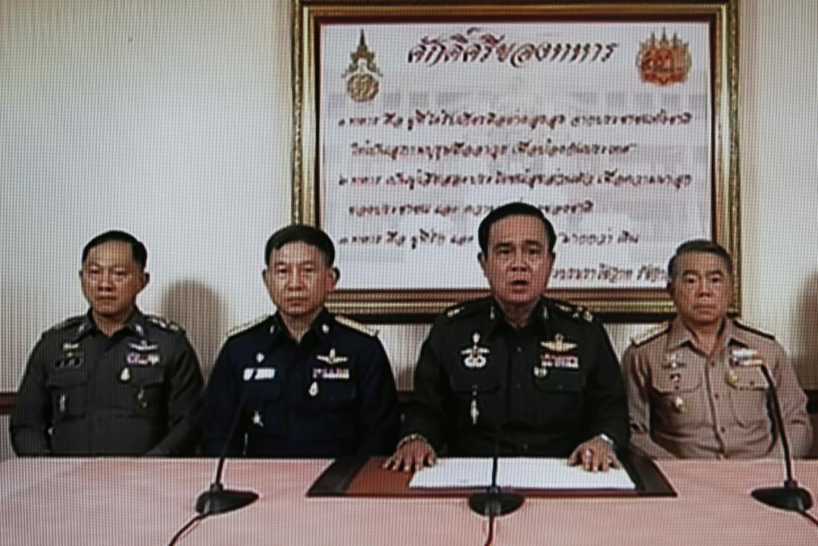Šéf thajské armády oznámil státní převrat