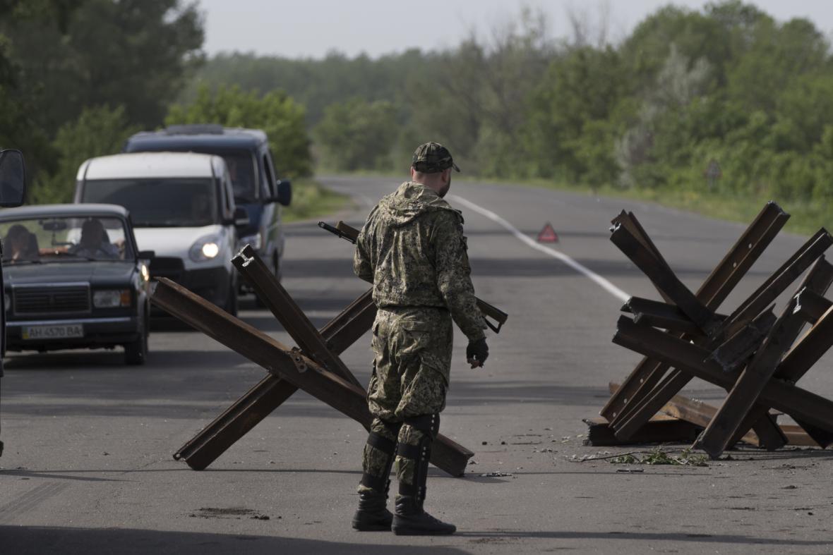 Kontrolní stanoviště radikálů ve Slavjansku