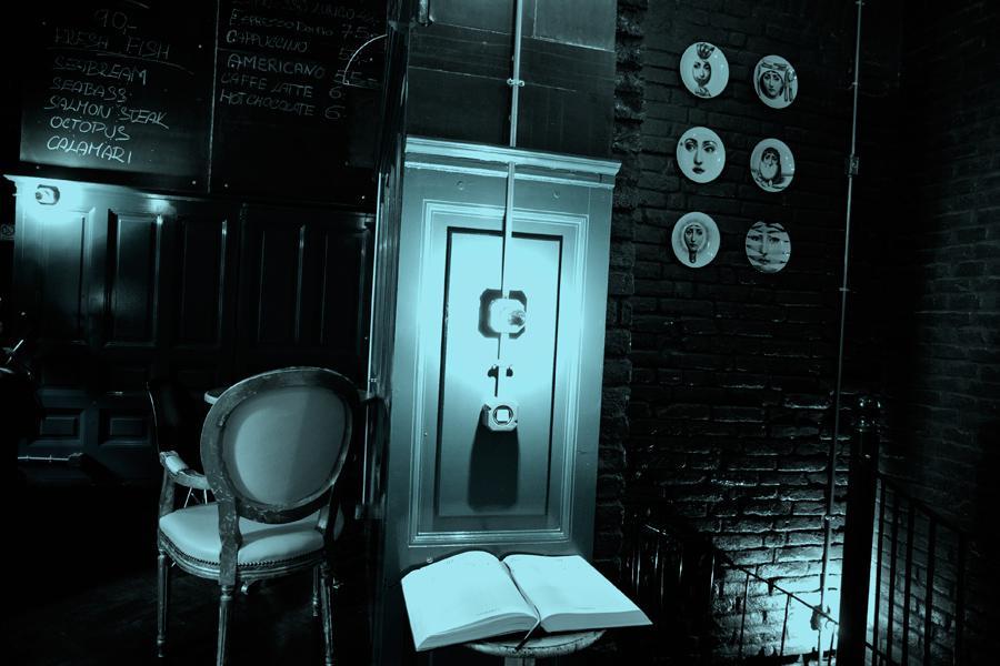 Místa ze života Franze Kafky - café Franz Kafka v Široké ulici (dříve café Savoy)