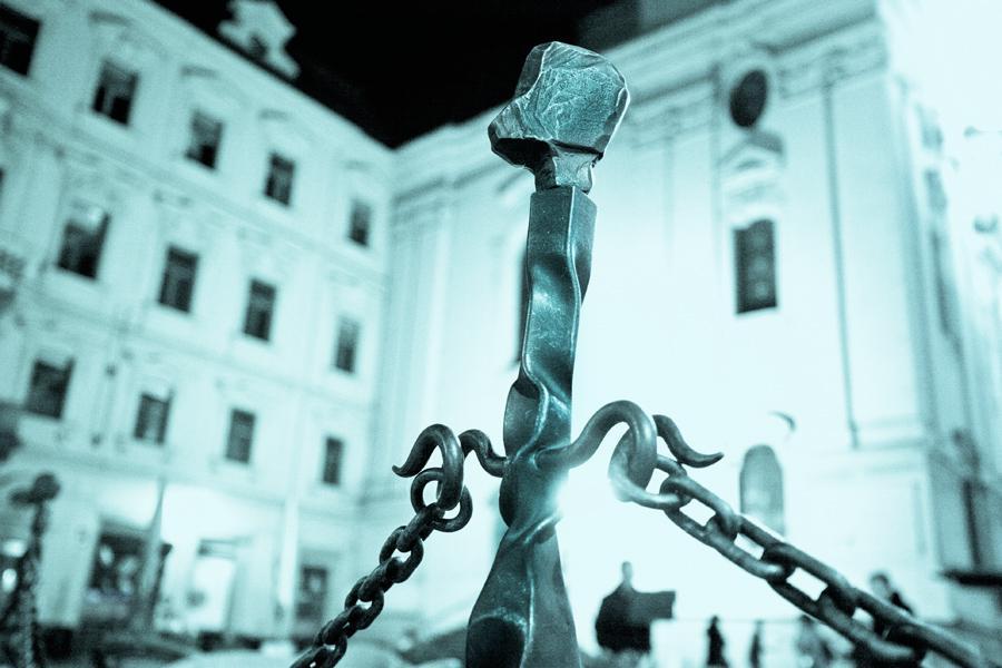 Místa ze života Franze Kafky - náměstí před jeho rodným domem - dnes náměstí Franze Kafky