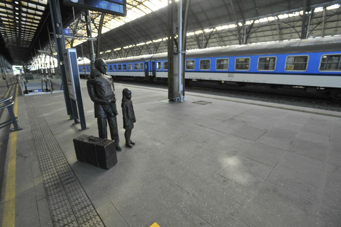 Památník na pražském Hlavním nádraží