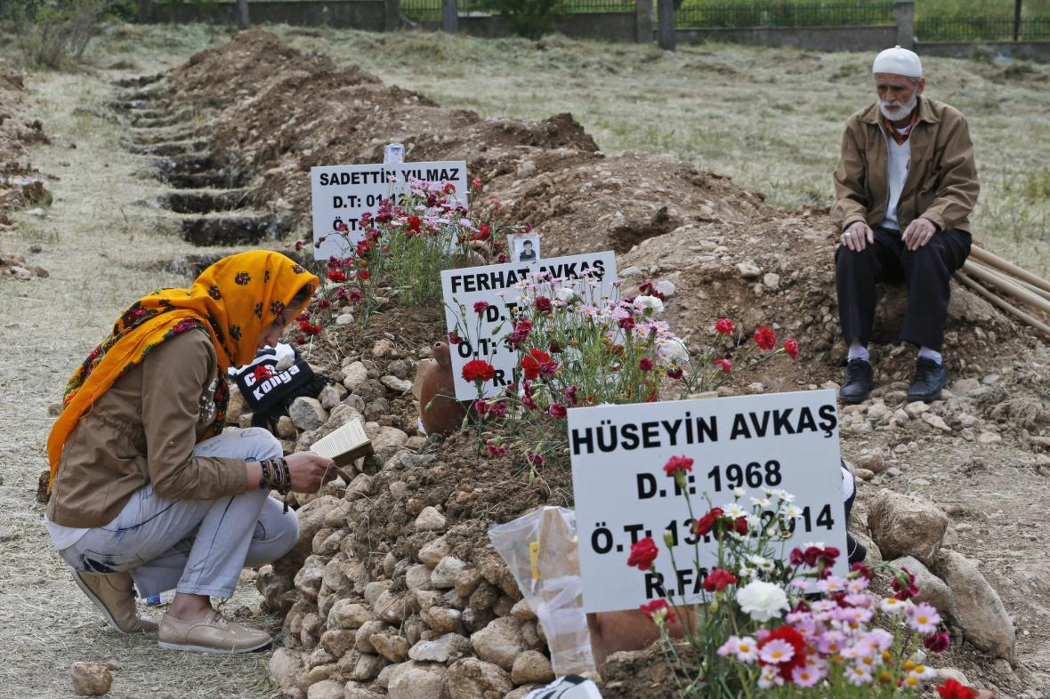 V Tureckém dole zemřelo 301 horníků