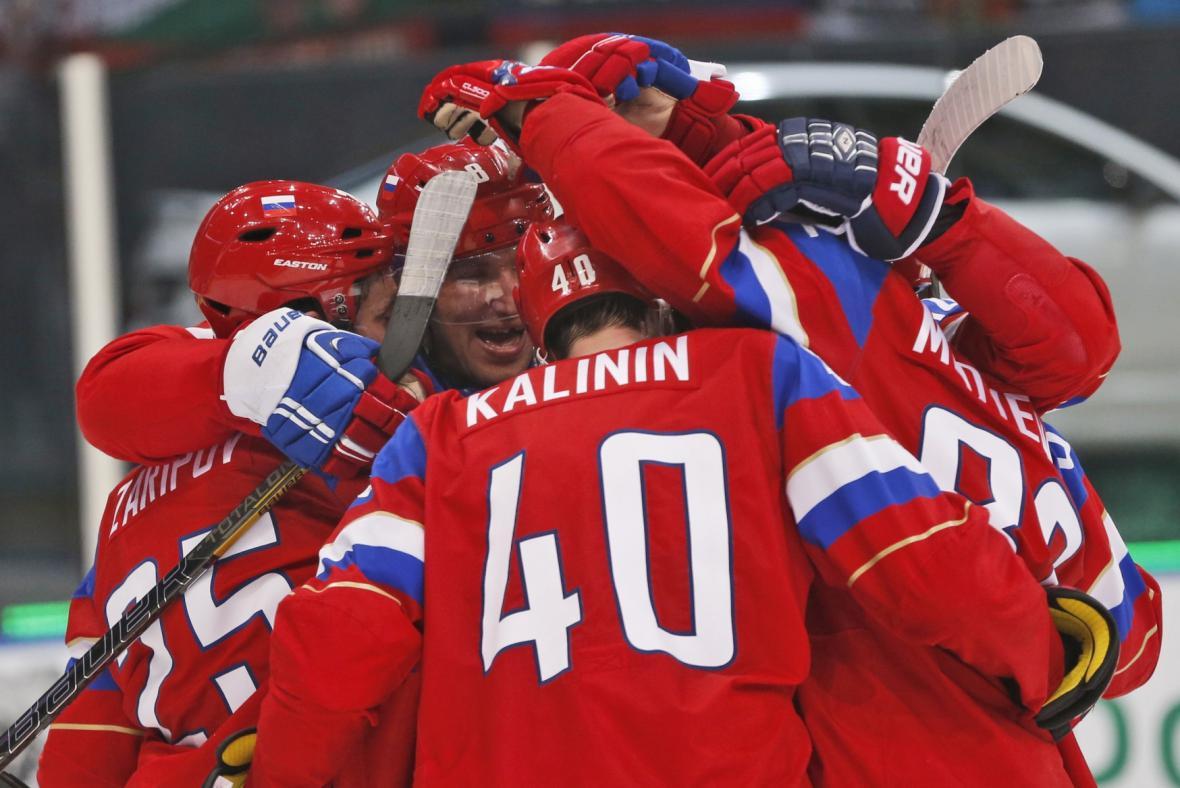 Radující se hokejisté Ruska
