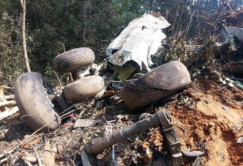 Nehoda armádního letadla v Laosu