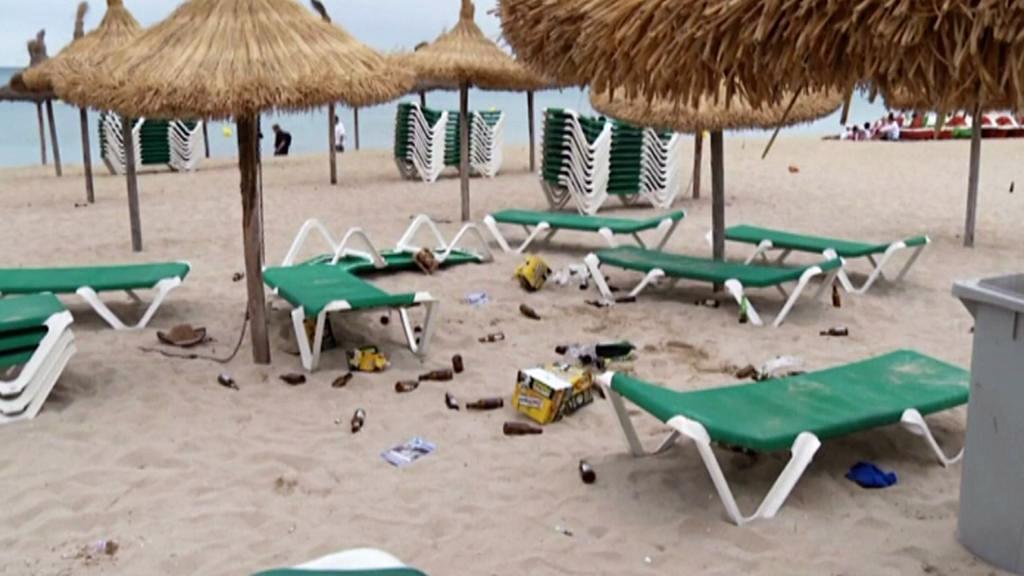 Nepořádek na plážích Mallorky