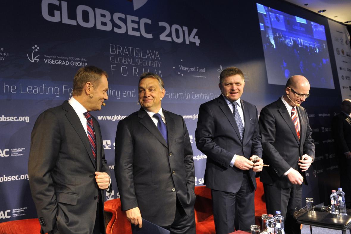 Premiéři V4 na konferenci Globsec