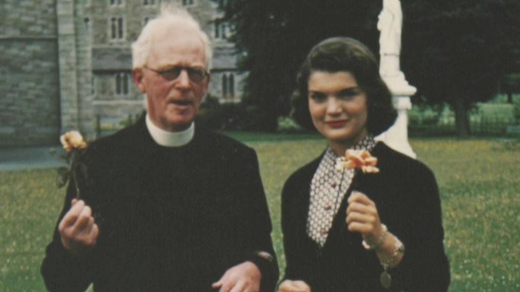 Jackie se svým důvěrníkem Josephem Leonardem