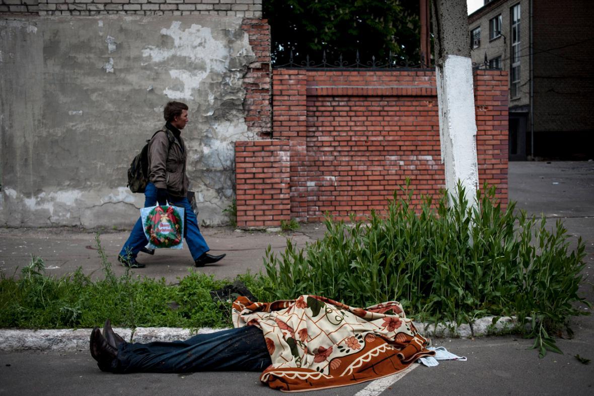 Oběť bojů v Mariupolu