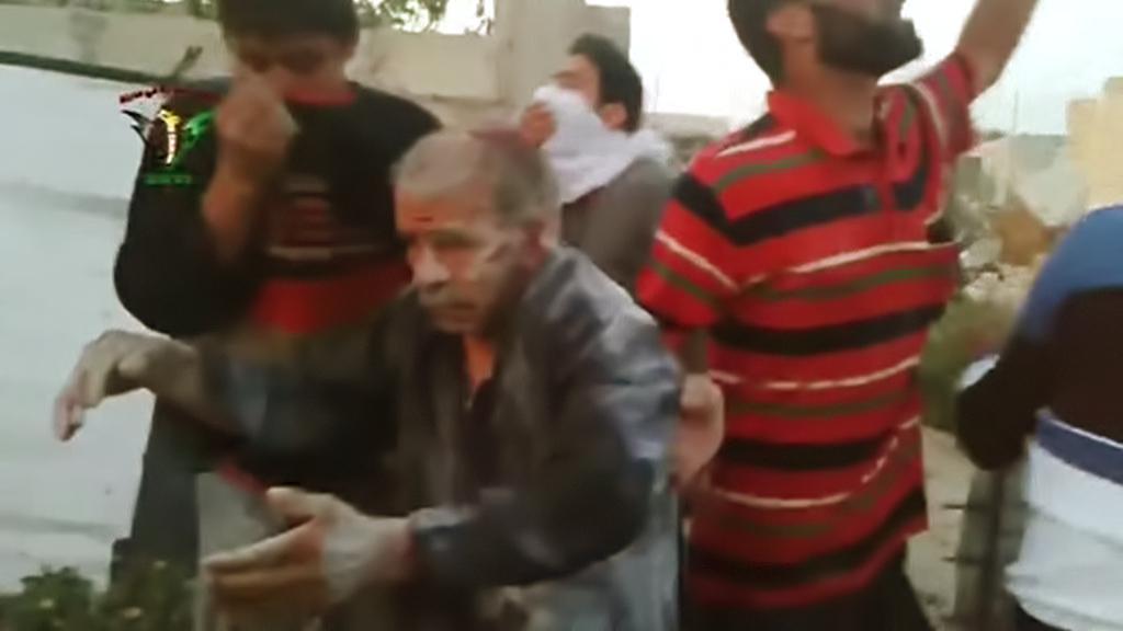 Následky údajného chemického útoku v Sýrii