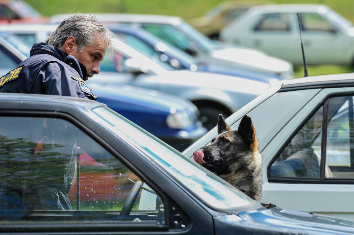 Mezinárodní mistrovství služebních psů ve vyhledávání drog a tabáku