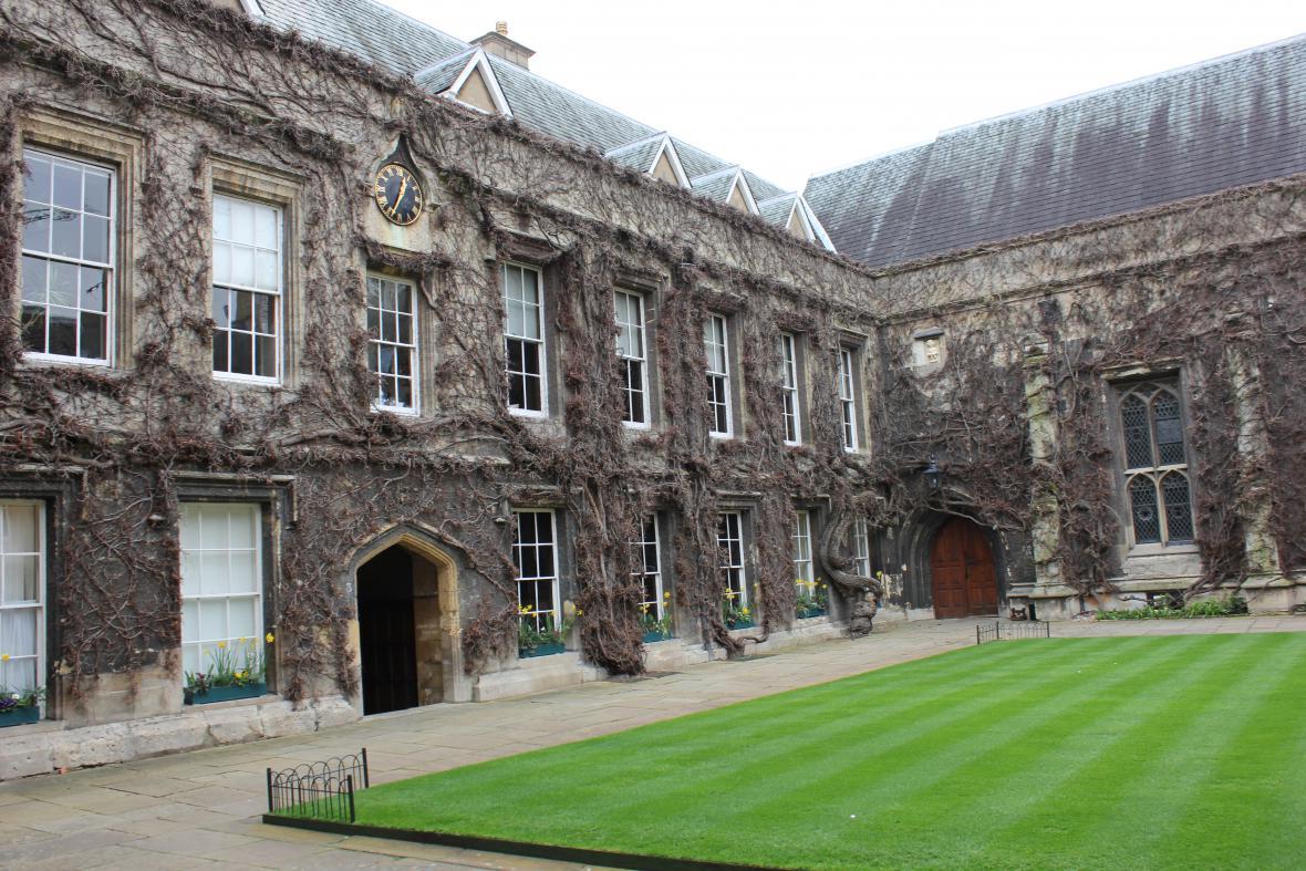 Oxfordské koleje