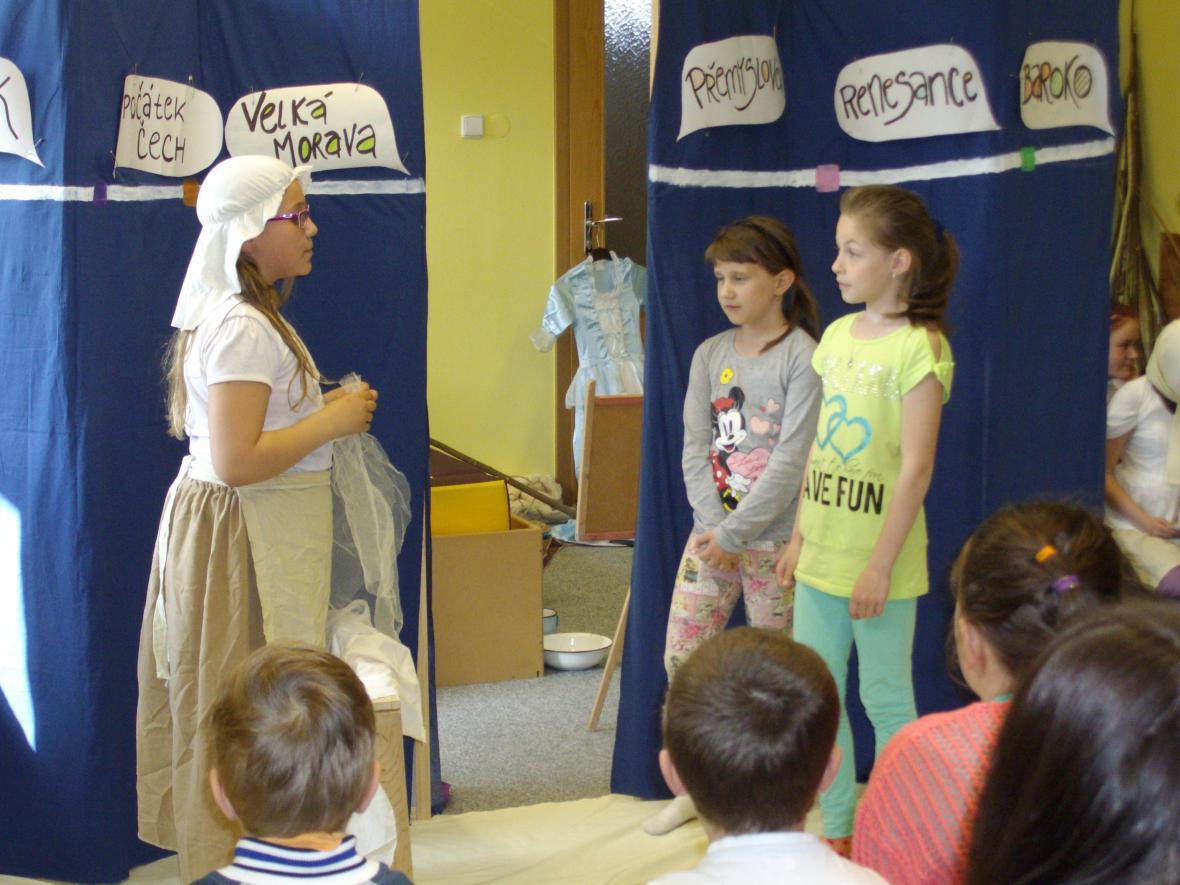 Představení Podivného divadla DDM Prachatice