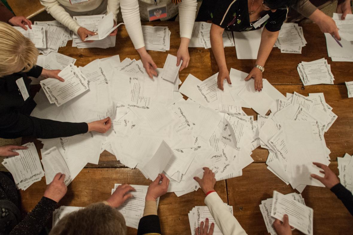Sčítání referenda v Doněcké oblasti