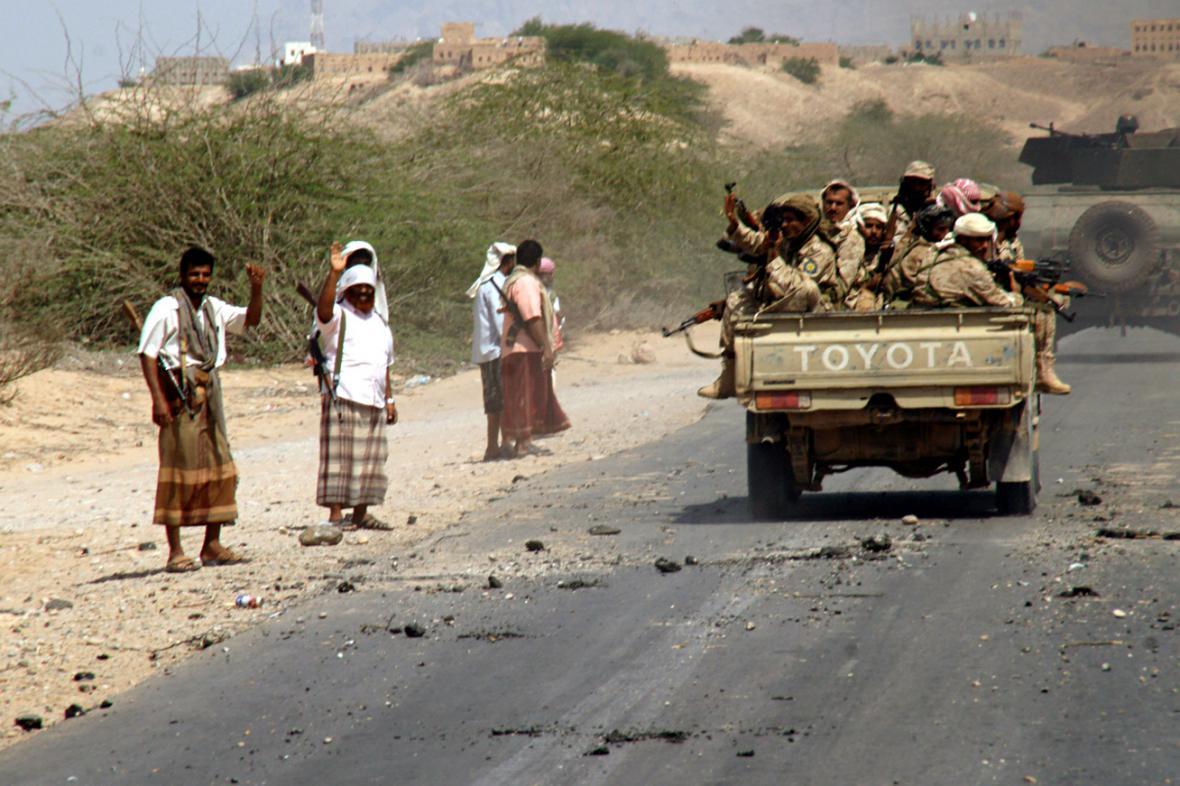 Jemenská armáda bojuje s teroristy